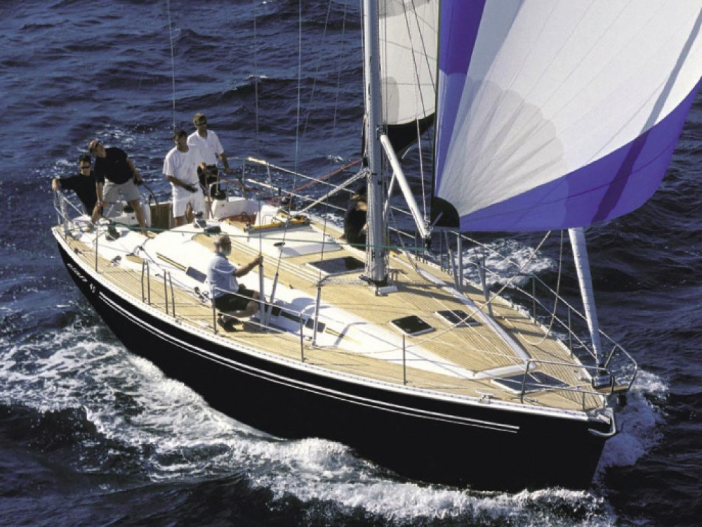 Sailboat for rent Néos Marmarás at the best price
