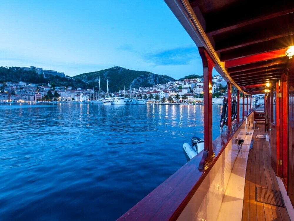Hire Sailboat with or without skipper  Stobreč