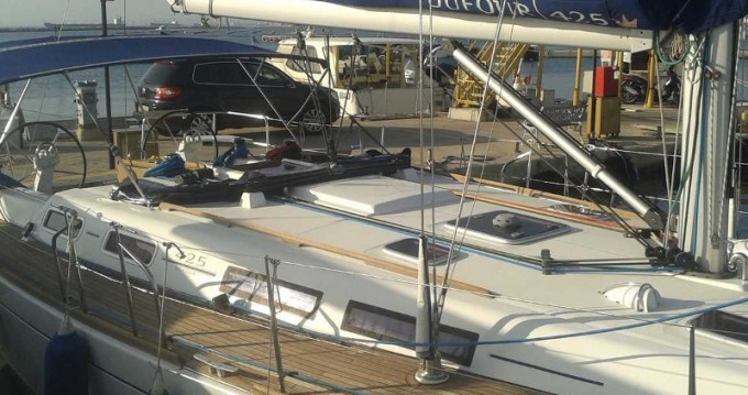 Hire Sailboat with or without skipper Dufour Taranto