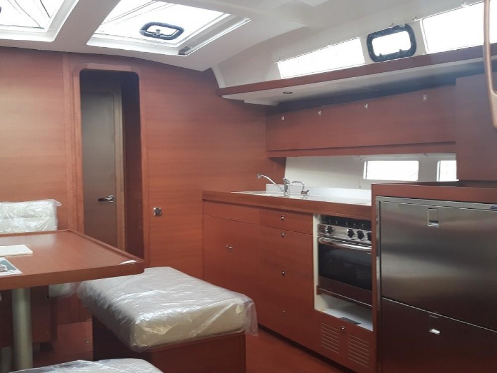 Rent a Dufour Dufour 460 Grand Large Taranto