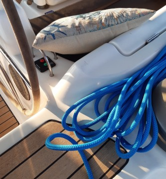 Hire Sailboat with or without skipper Dufour Paros Island