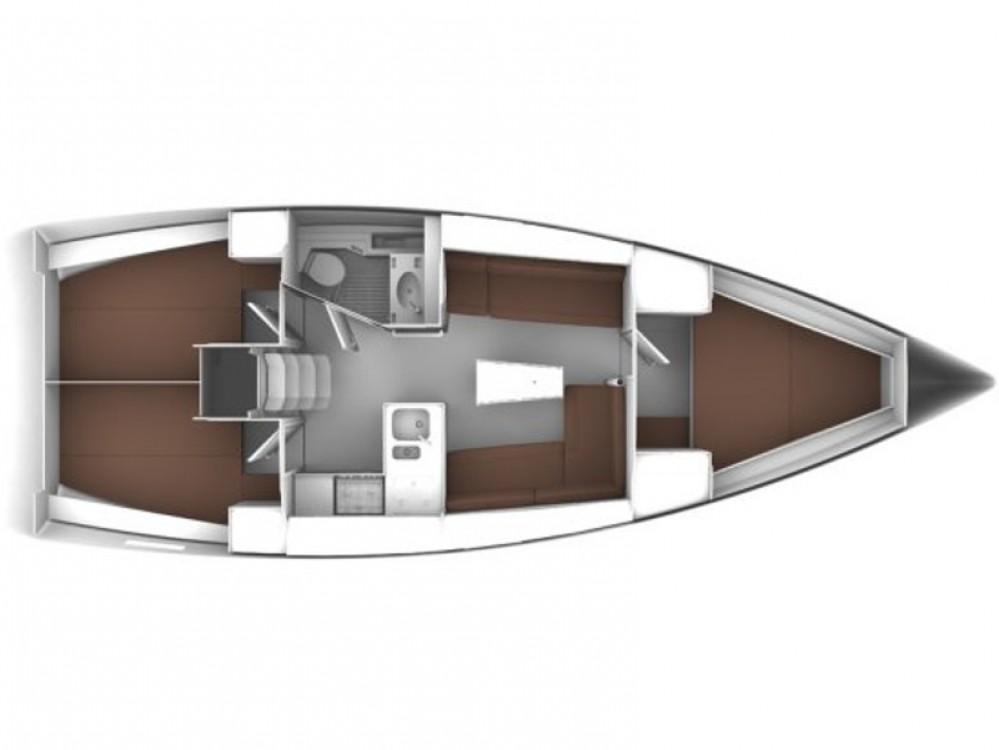 Rental yacht Sukošan - Bavaria Bavaria 37 Cruiser on SamBoat