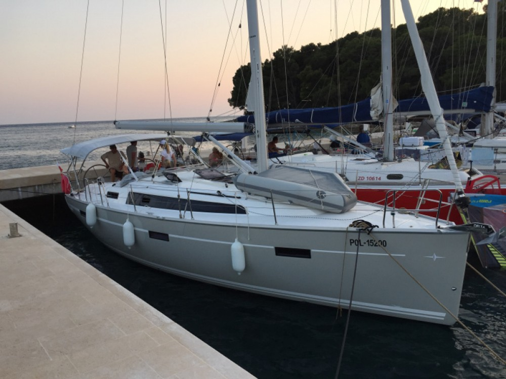 Bavaria Bavaria 37 Cruiser between personal and professional Sukošan