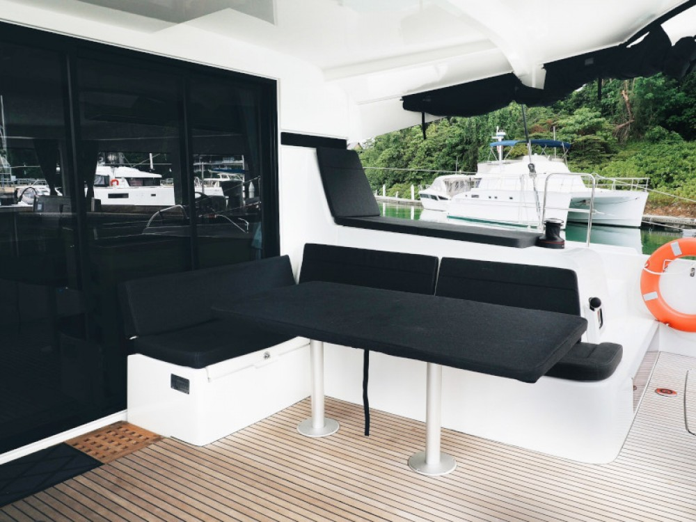 Lagoon Lagoon 42 -Owner's Version between personal and professional Phuket Province