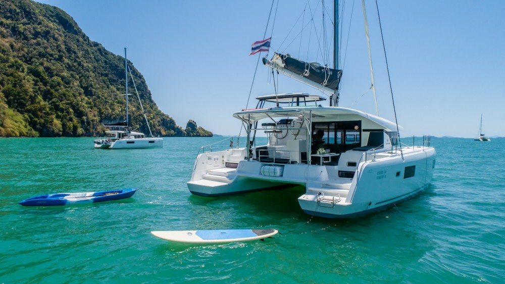 Rental yacht Phuket Province - Lagoon Lagoon 42 - 4Cab/4Hd on SamBoat