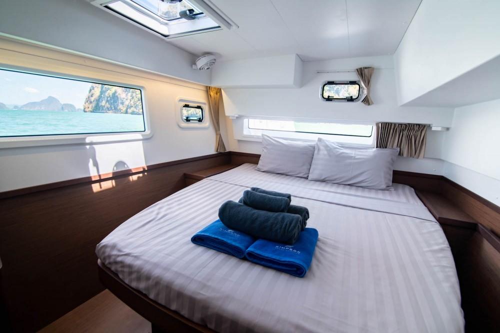 Rental Catamaran in Phuket Province - Lagoon Lagoon 42 - 4Cab/4Hd
