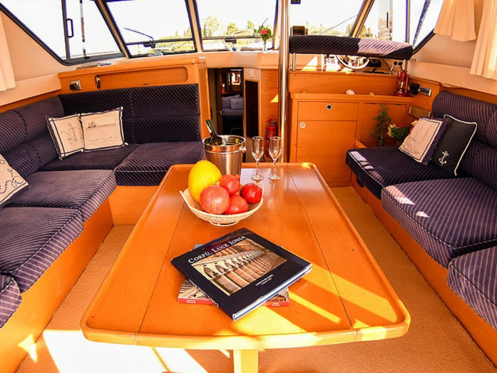 Boat rental Princess Princess 45 in Kontokali on Samboat
