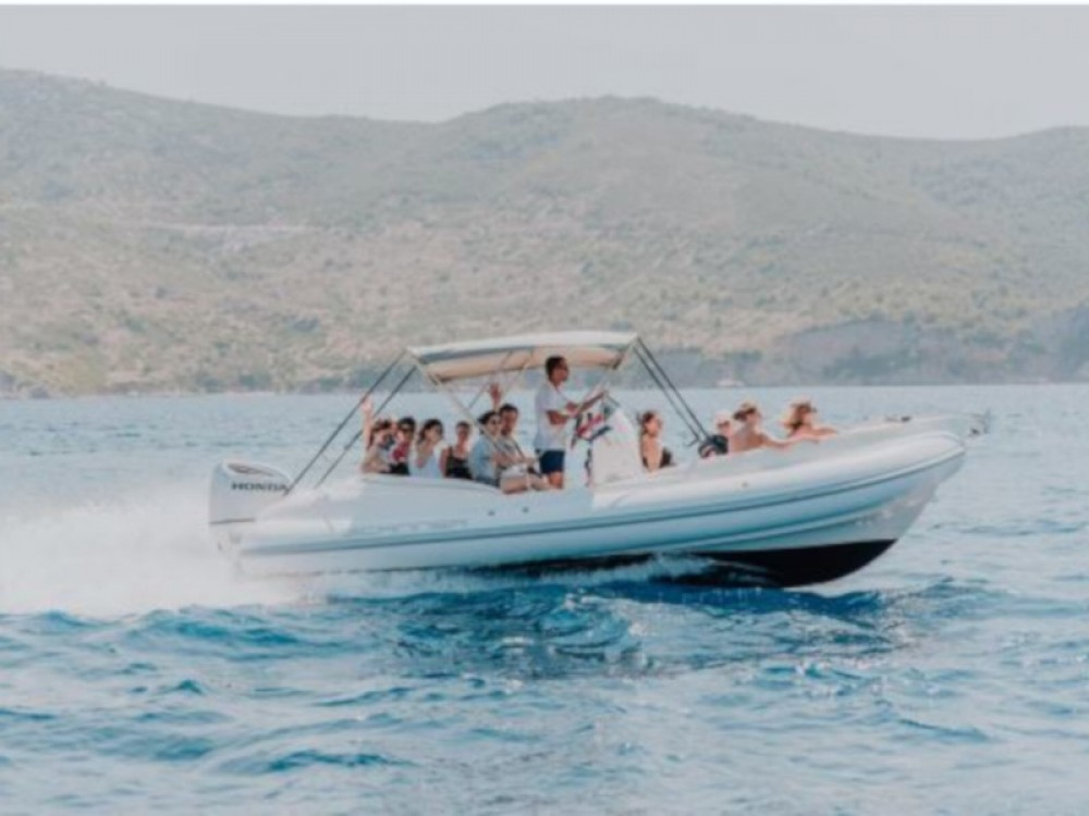 Hire Motor boat with or without skipper  Trogir