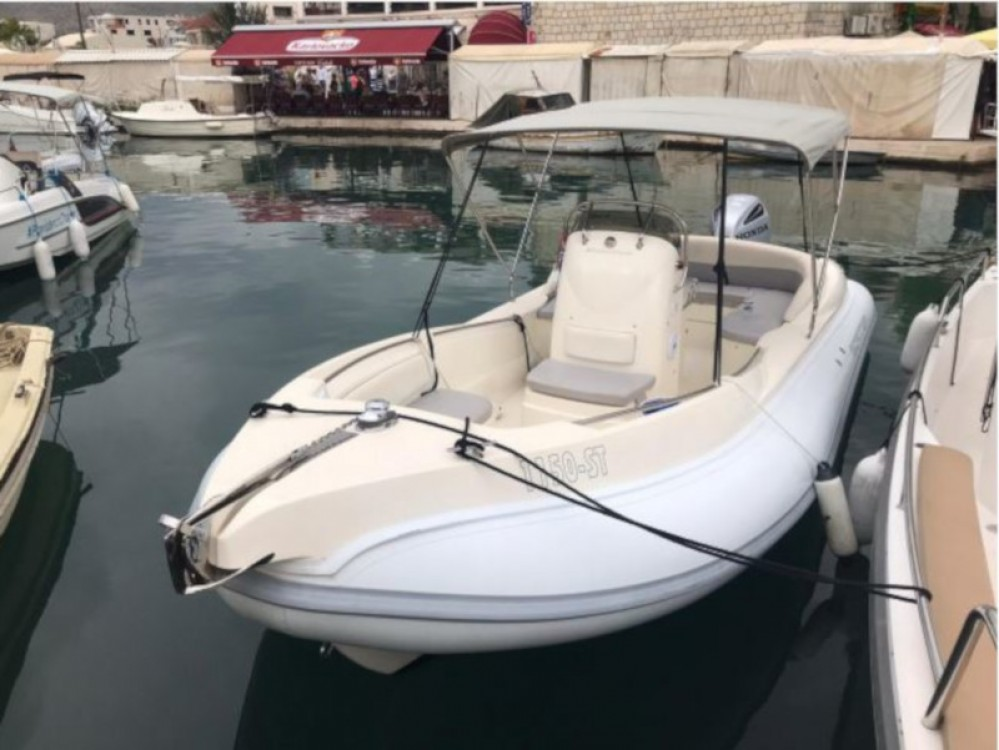 Hire Motor boat with or without skipper  ACI Marina Trogir