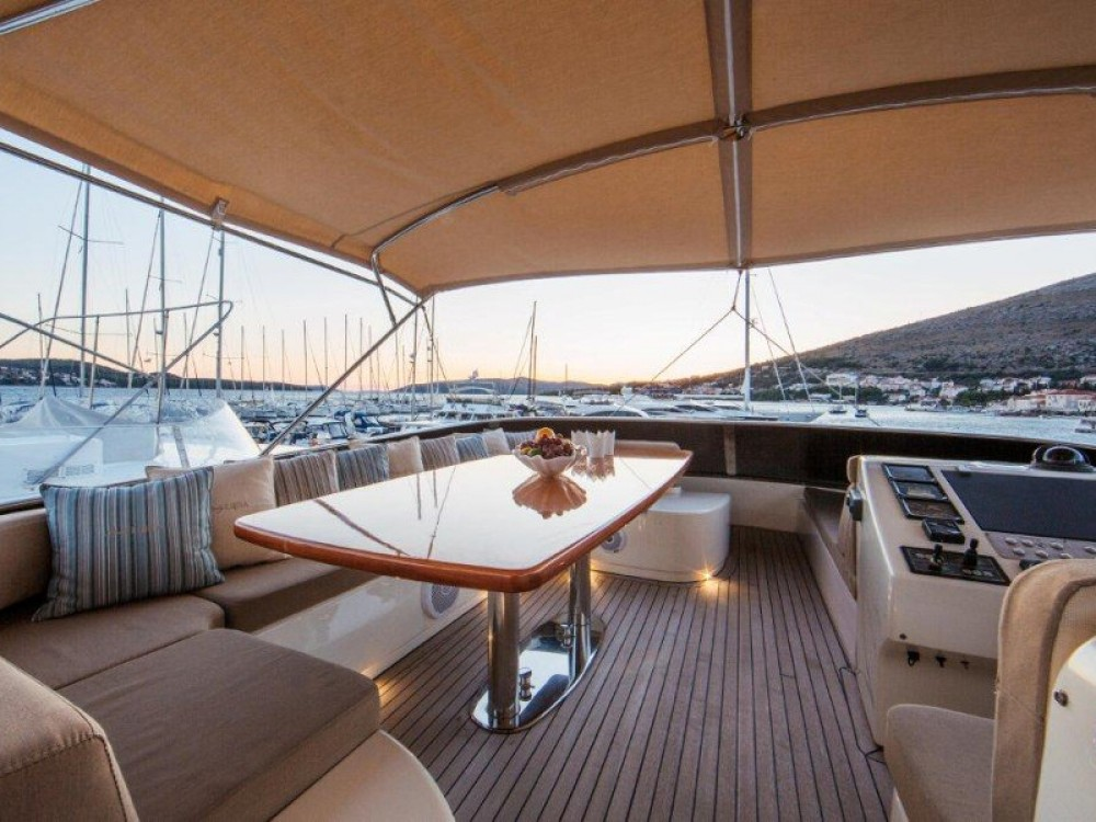 Rental Yacht in Seget Donji -  Amer 86