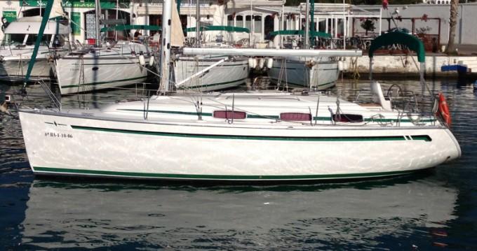 Rent a Bavaria Bavaria 30 Cruiser Port de Sitges Aiguadolç
