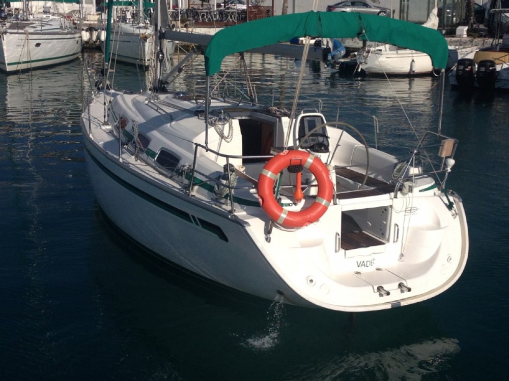 Rental yacht Port esportiu d'Aiguadolç - Bavaria Bavaria 30 Cruiser on SamBoat