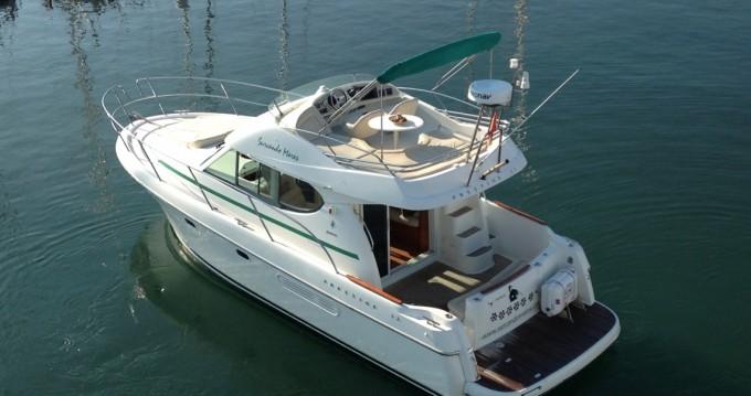 Rental Motorboat in Port de Sitges Aiguadolç - Jeanneau Prestige 32