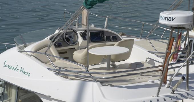Rental yacht Port de Sitges Aiguadolç - Jeanneau Prestige 32 on SamBoat