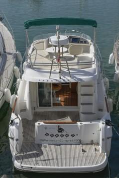 Boat rental Jeanneau Prestige 32 in Port de Sitges Aiguadolç on Samboat