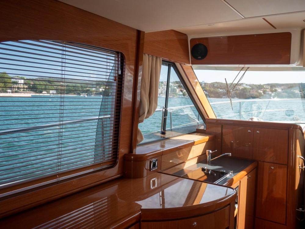 Boat rental Maó cheap Antares 13.80