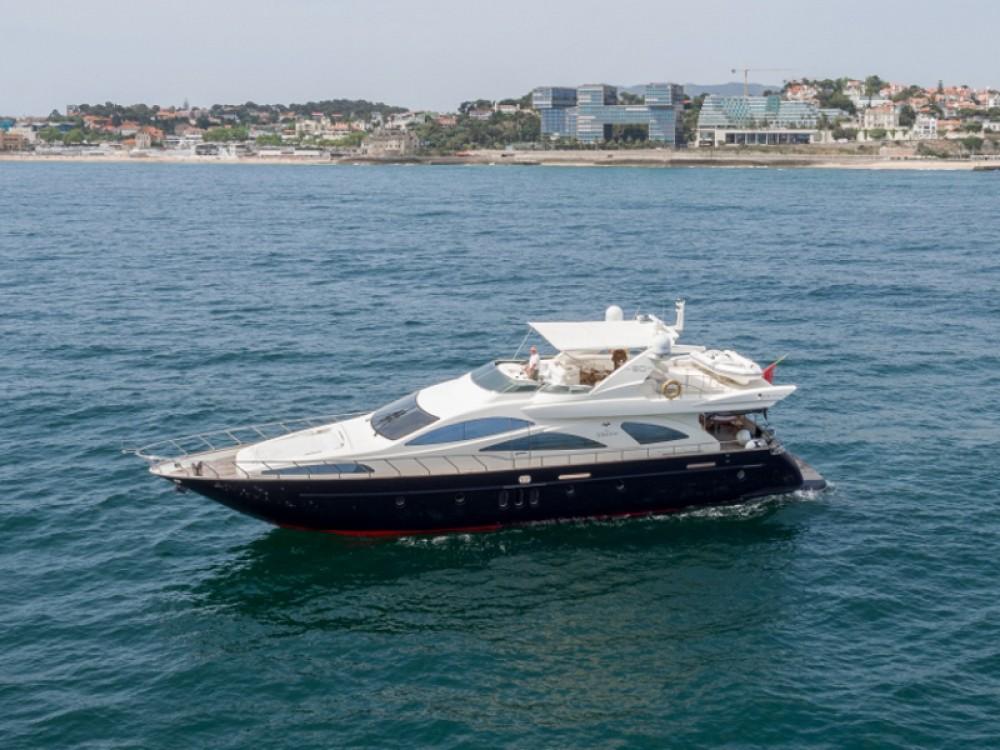 Rental yacht  - Azimut Azimut 80 on SamBoat