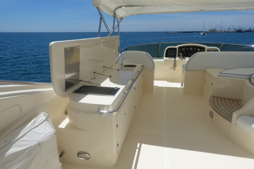 Yacht for rent Lisbon at the best price