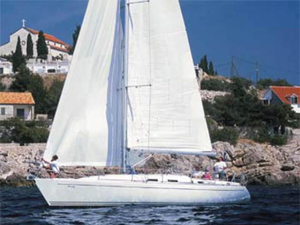Rental Sailboat in San Vincenzo - Comar Comar Genesi 43