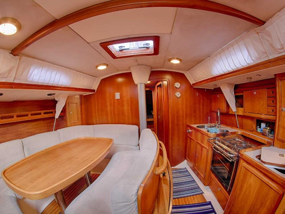 Boat rental Comar Comar Genesi 43 in San Vincenzo on Samboat