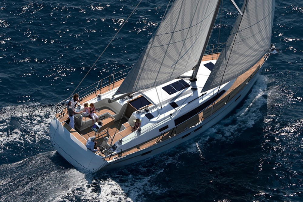Rental Sailboat in San Vincenzo - Bavaria Bavaria Cruiser 46
