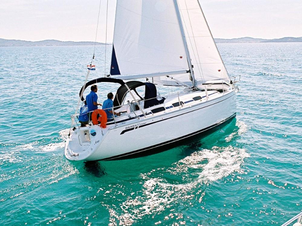 Rental Sailboat in Puerto Deportivo Tomás Maestre - Bavaria Bavaria 30 Cruiser