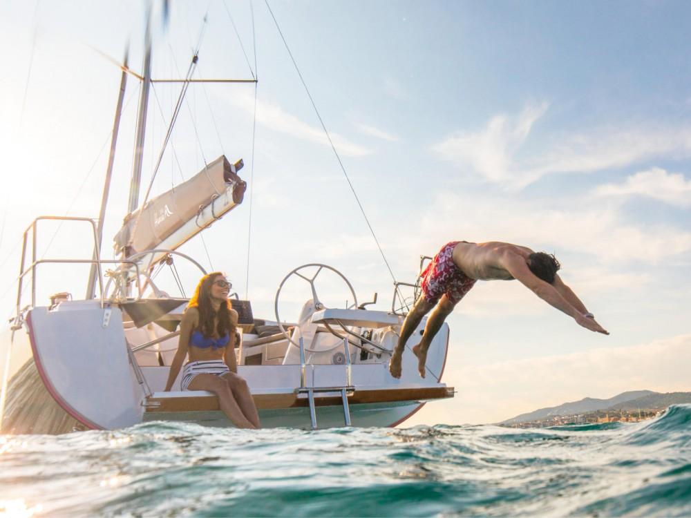 Rental yacht Murcia - Hanse Hanse 388 on SamBoat