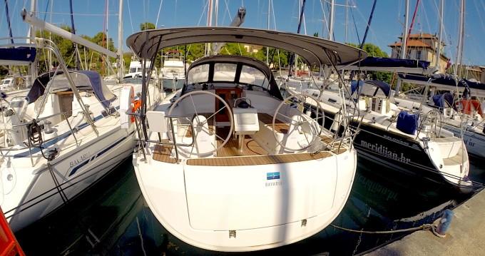 Rent a Bavaria Cruiser 37 Zadar