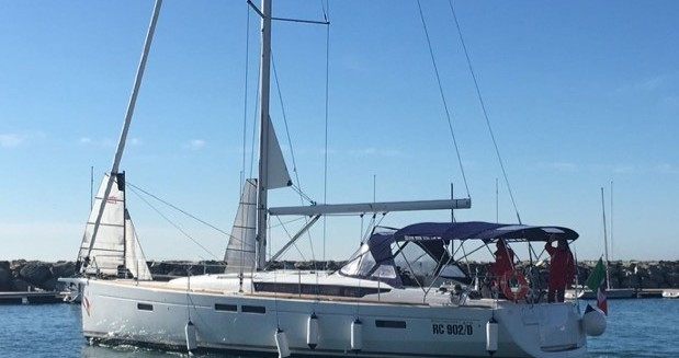 Boat rental Marina di Portorosa cheap Oceanis 35.1
