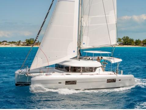 Boat rental Salerno cheap Lagoon 42