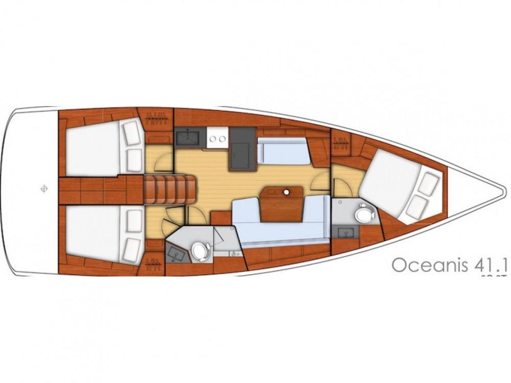 Rental Sailboat in Marina d'Arechi - Bénéteau Oceanis 411