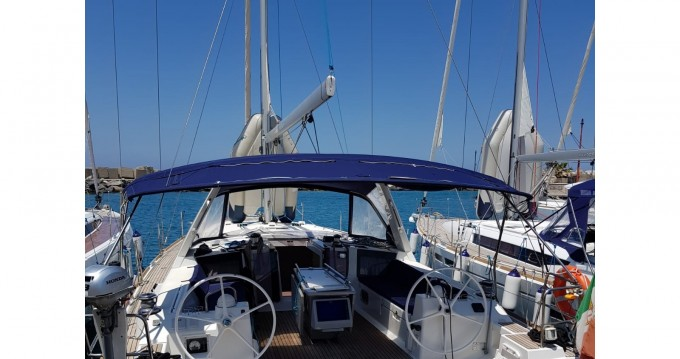 Hire Sailboat with or without skipper Bénéteau Trapani