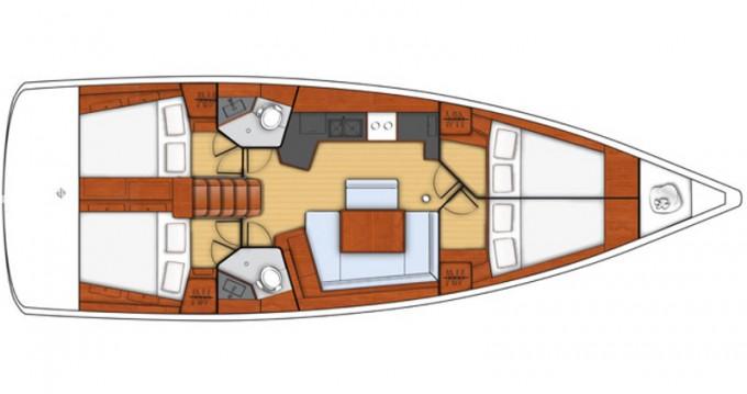Boat rental Bénéteau Oceanis 45 in Trapani on Samboat
