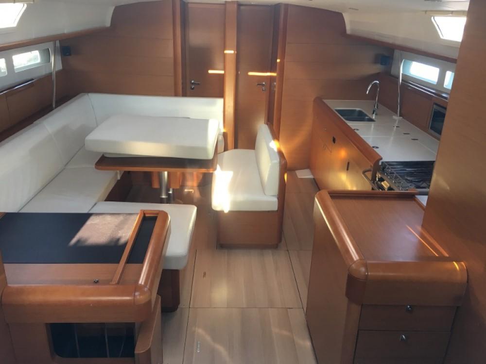 Boat rental Jeanneau Sun Odyssey 519 in Trapani on Samboat