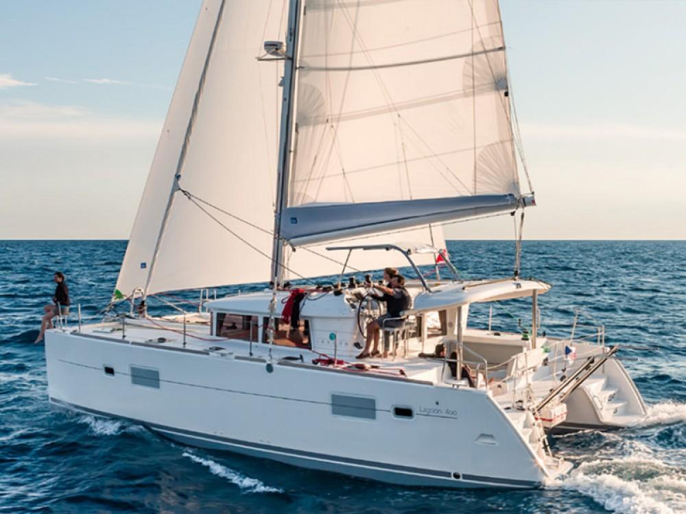 Rental Catamaran in Capo d'Orlando - Lagoon Lagoon 400 S2