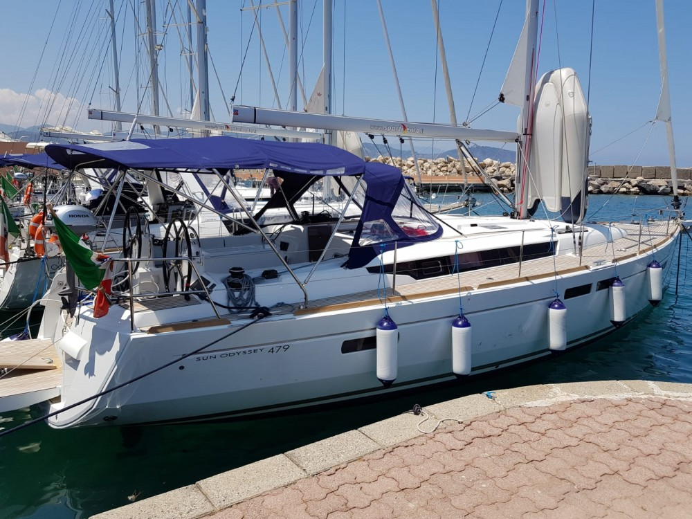 Hire Sailboat with or without skipper Jeanneau Capo d'Orlando Marina