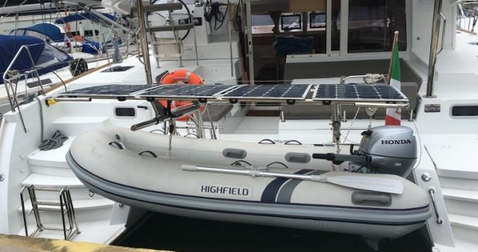 Boat rental Salerno cheap Lagoon 400 S2