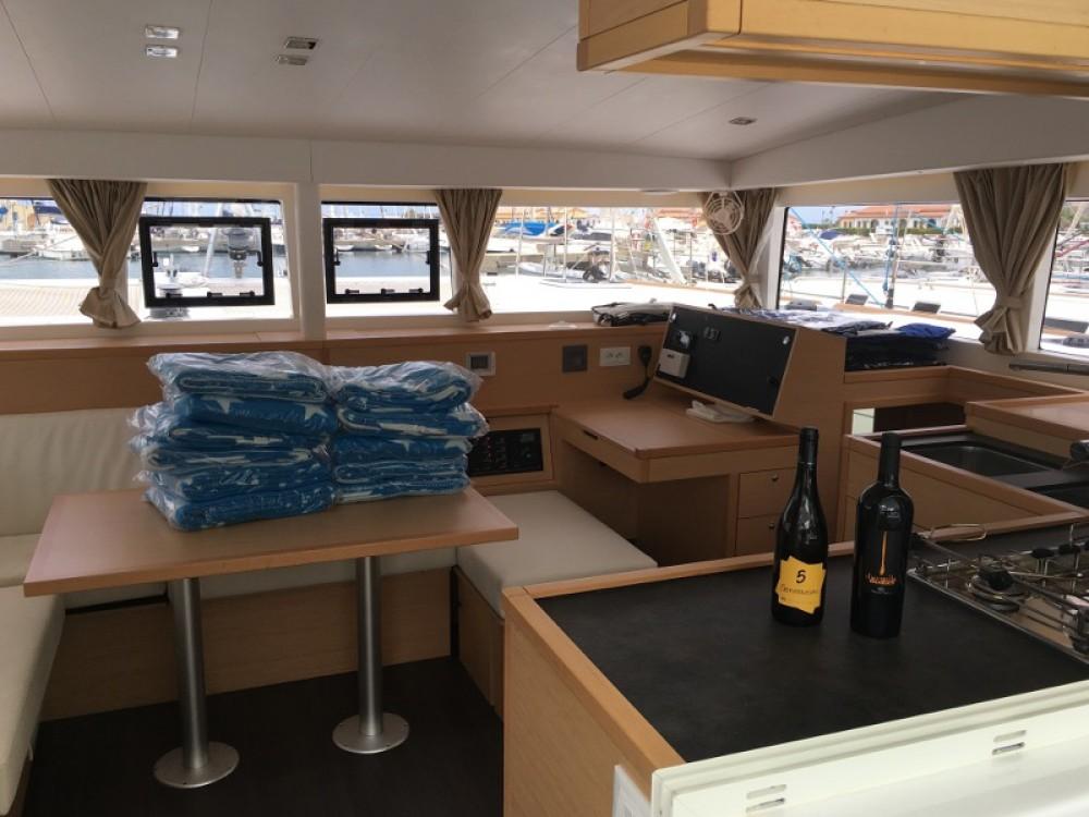 Rental Catamaran in Salerno - Lagoon Lagoon 400 S2