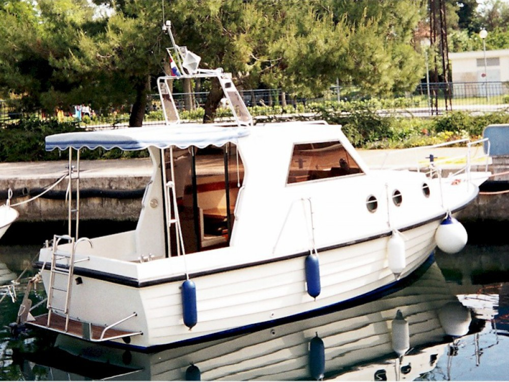 Hire Motor boat with or without skipper Sas Vektor Brbinj