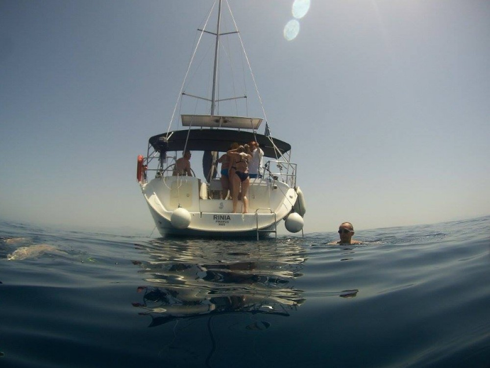 Rental Sailboat in  - Bénéteau Cyclades 50.5