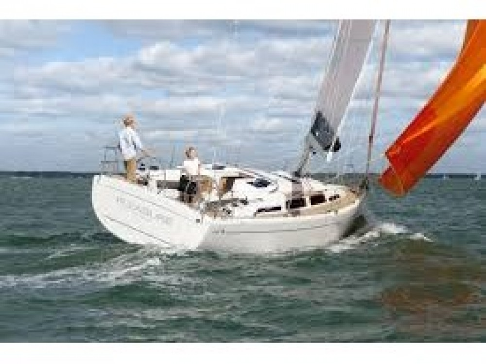 Hire Sailboat with or without skipper Hanse Gassin