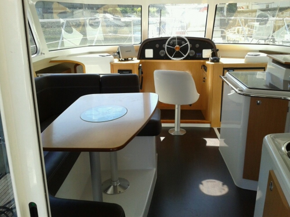 Rent a Fountaine Pajot Highland 35 Gassin