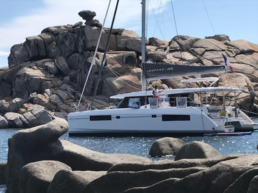 Rental Catamaran in Gassin - Leopard Leopard 45