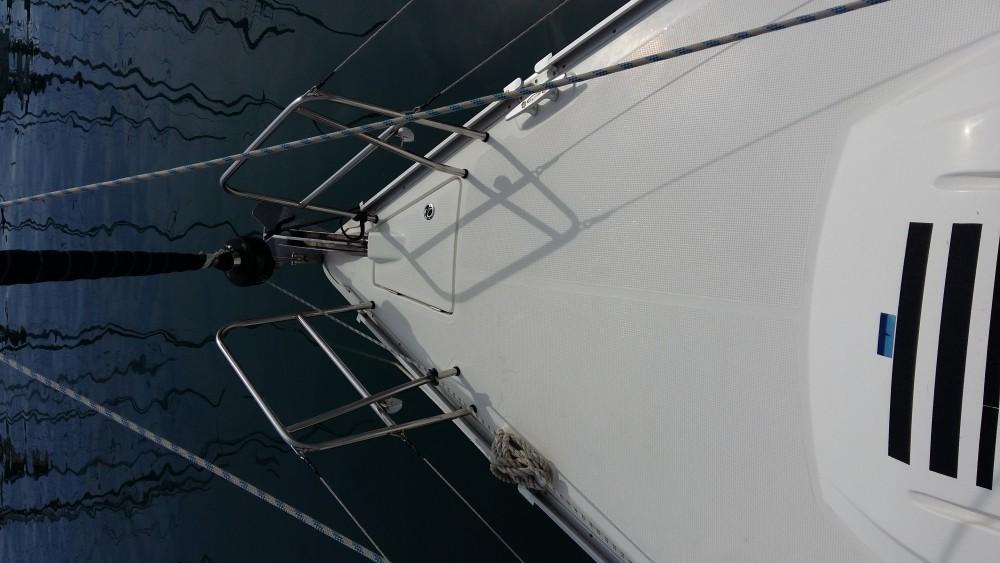 Rental Sailboat in  - Bavaria Bavaria Cruiser 37