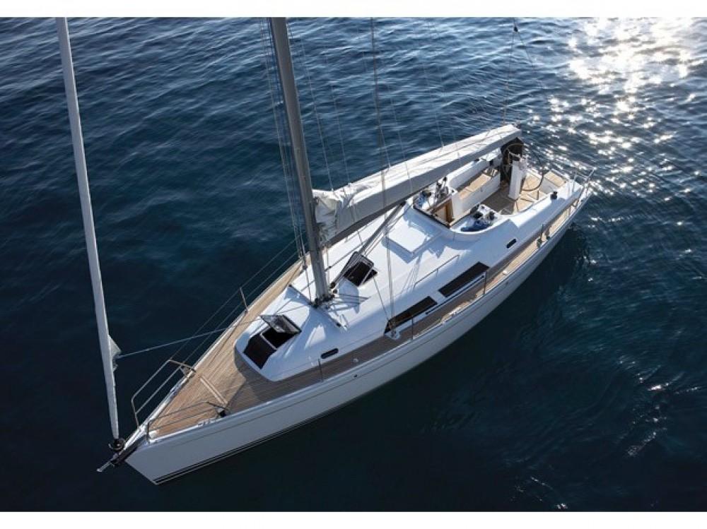Boat rental Hanse Hanse 375 in Gassin on Samboat