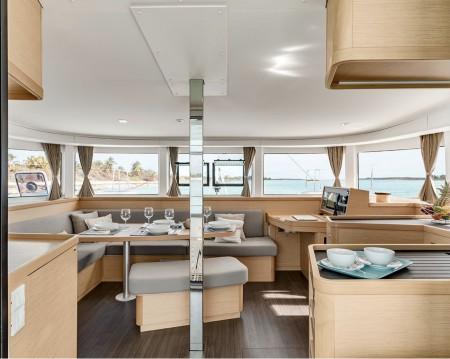 Rental Catamaran in Poltu Quatu - Lagoon Lagoon 42