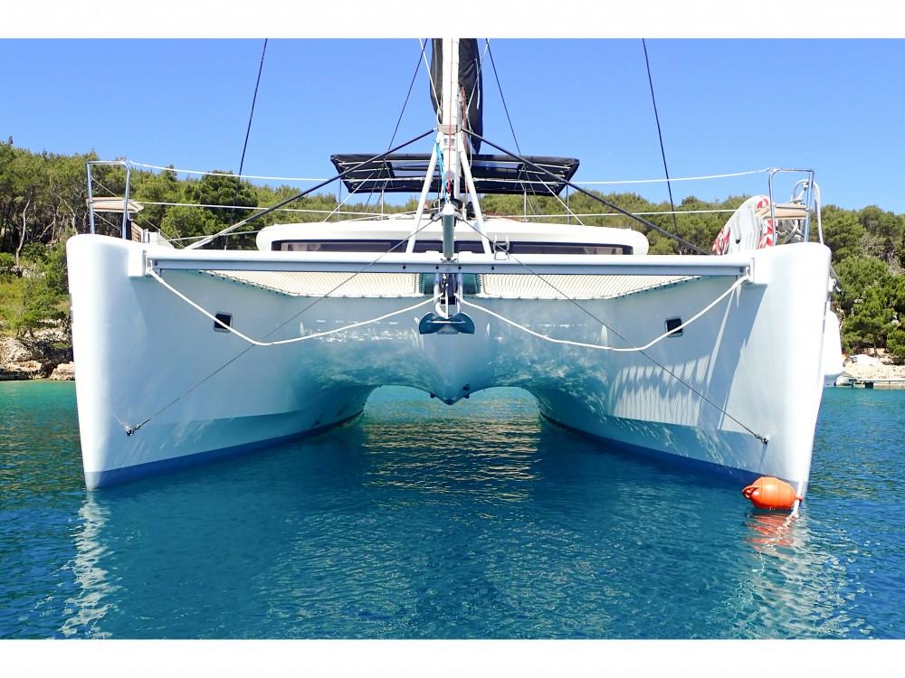Boat rental Kaštel Gomilica cheap Lagoon 450