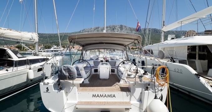 Rental Sailboat in Kaštel Gomilica - Bénéteau Oceanis 51.1