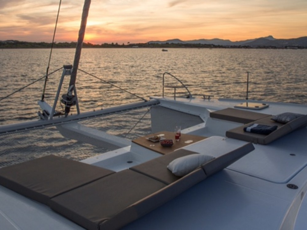 Boat rental Fountaine Pajot Saba 50 in  on Samboat