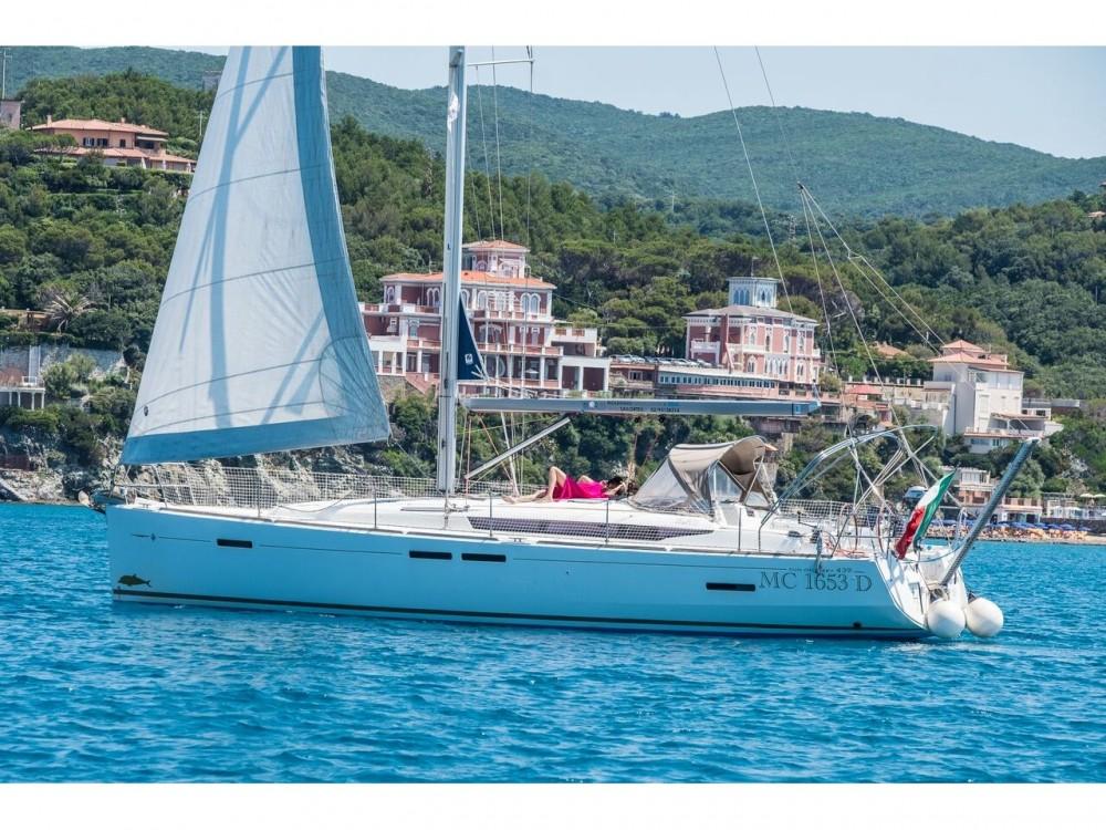 Boat rental Jeanneau Sun Odyssey 439 in Castiglioncello on Samboat